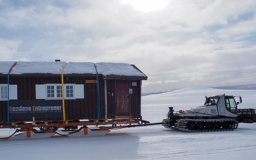 DNT-hytte flyttet til Maihaugen